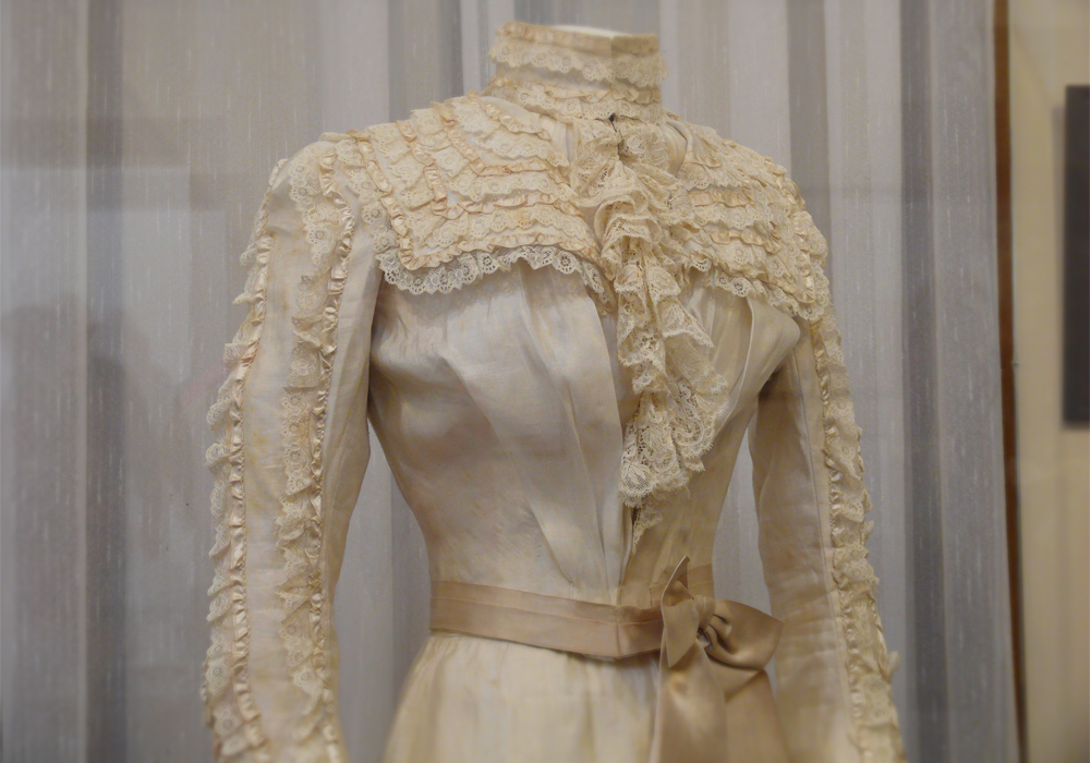 Worn by 28 year old Azelia Helena Manning on her marriage to Johnny Ley, at Davilak, September 1st, 1900.